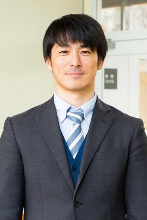 講師 恒賀康太郎