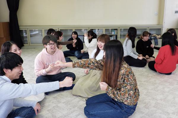 「人間関係」授業風景